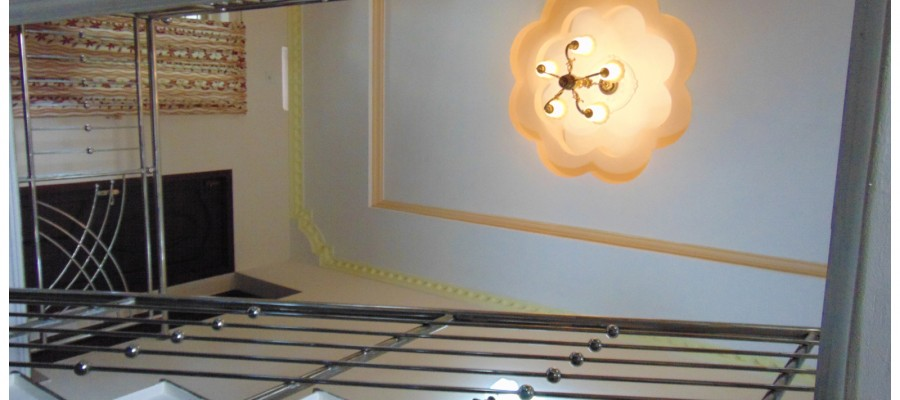 Ideas for homes staircase designs Kerala