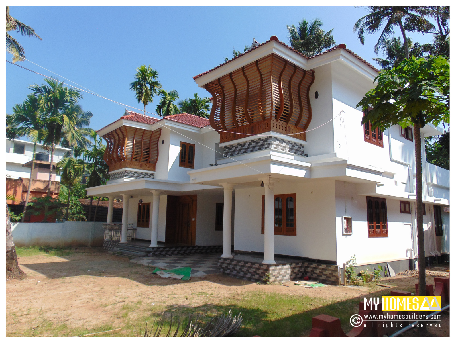 Low cost house plans elevation and home design in kerala for Kerala traditional home plans