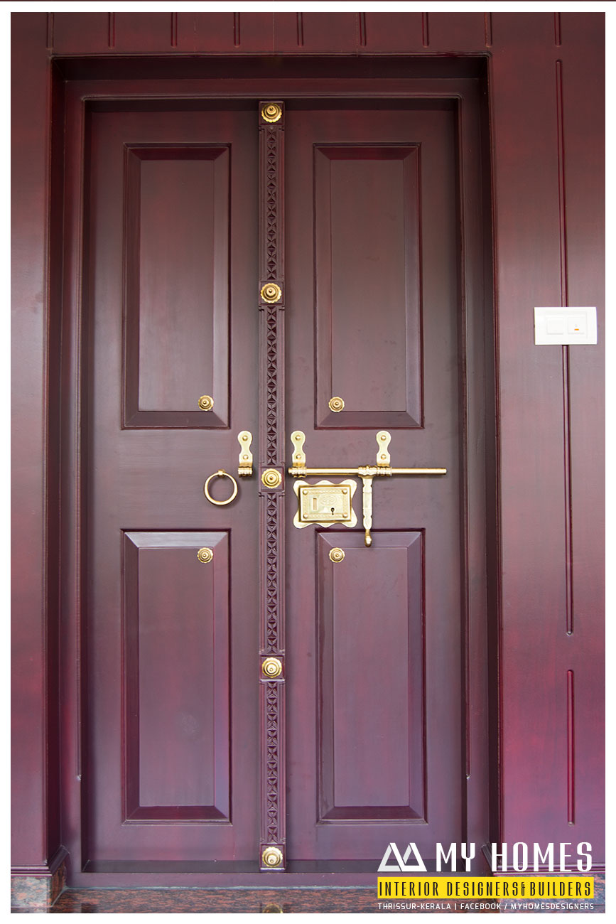 Traditional front door designs kerala for Wooden single door design for home